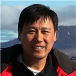 中国科学院生态环境研究中心研究员。武汉大学生命科学学院毕业,中国科学院水生生物研究所硕士,中国科学院生态环境研究中心博士。主要从事持久性有机污染物,特别是二恶英类化合物的分析方法学及其环境行为的研究,对我国一些典型污染地区和极地地区持久性有机污染物的来源、行为、归宿和影响开展了较为系统的研究工作。发表学术论文一百余篇。