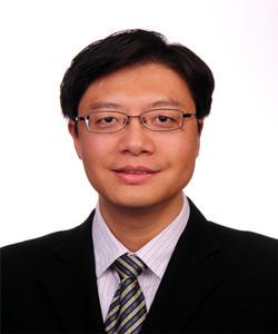 1999年和2002年于重庆大学材料学院获学士学位和硕士学位;2005年毕业于中国科学院上海硅酸盐研究所材料物理与化学专业,获工学博士学位;2003.8至2004.2期间在德国马普金属所(斯图加特)学习;2005.4至2007.3期间在日本京都大学作博士后;2007.4至2009.3期间在日本精细陶瓷中心作博士后;2009年进入华东师范大学,2012年晋升研究员。在Angew. Chem.,Adv. Mater., Adv. Func. Mater., Acta. Mater.等国际著名学术刊物上共发表学术论文100余篇。