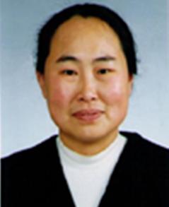 马辰,中国医学科学院药物研究所分析室,研究员。国家药典委员会委员。从事新药研发十余年,参与多项仿制药和创新药物的质量标准研究与制订,其中已上市品种10项,临床研究阶段品种5项。