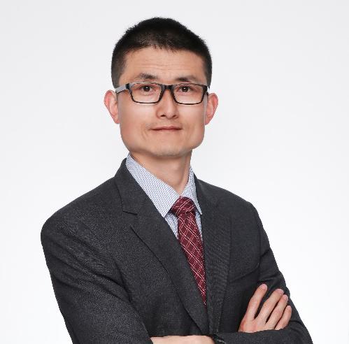 霍尼韦尔研究性化学品试剂专家霍尼韦尔高级技术支持工程师张彦华是具有超过10年实践经验的化学分析专家。主要专注于对卡尔·费休滴定的研究。