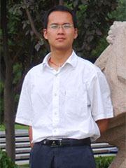 """王立华,研究员,博士生导师,国家优秀青年基金获得者。2012年获得北京工业大学博士学位。2015-2017年,获得澳大利亚政府资助(Discovery   Early Career Researcher Award),在昆士兰大学(全球排名前50)从事博士后研究工作。入选北京市卓越青年科学家、霍英东青年教师基金等人才计划。长期从事""""原子尺度下材料力学行为的原位实验研究"""",发表论文60余篇,其中包括自然子刊Nat. Commun. 4篇,Phys. Rev. Lett.1篇、Nano Lett. 4篇,Acta Mater.3篇,Appl. Phys. Lett.5篇等,被国际同行引用3000余次。主要成果获得2016年北京市科学技术奖一等奖,获北京市优博论文奖、郭可信优秀青年学子奖等。承担国家重点研发计划子课题、国家自然科学基金优秀青年基金、面上项目等多项国家及省部级项目。第一或通讯作者发表主要论文:1. Deli   Kong et al., Nano Letters 19, 292 (2019).2. L. H.   Wang et al., Physical Review Letters, 105, 135501 (2010)3. L. H.   Wang et al., Nature Communications, 4, 2413 (2013)4. L. H.   Wang et al., Nature Communications, 5, 4402 (2014)5. L. H.   Wang et al., Nature Communications, 8, 2421 (2017)6. L. H.   Wang et al., Nat. Commun. 11, 1167 (2020).7. L. H.   Wang et al., Nano Letters, 17, 4733 (2017).8. L. H.   Wang et al., Nano Letters. 11, 2382 (2011).9. L. H.   Wang et al., ACS Nano, 2017, 11, 1250010. Shiduo Sun et al., ACS   Nano, 13, 8708 (2019)."""