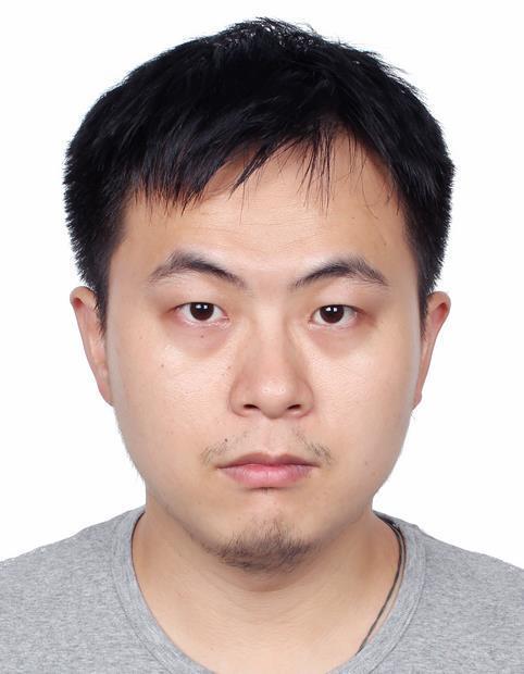 高能越博士,毕业于新加坡国立大学物理化学专业,于2017年加入SingleParticle公司,负责冷冻电镜数据计算产品的架构设计,对冷冻电镜数据自动化收集和处理有多年应用经验。