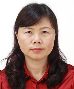 王素霞,博士, 主任医师,硕士生导师。北京大学第一医院超微病理中心及电镜室主任。专业方向为医学电镜诊断,肾脏病理。研究方向为淀粉样变及副蛋白相关肾损害的临床病理及其发病机制主持与参与多项国家级和部委级的基金课题,在国内外核心期刊和 SCI收录杂志发表论著50余篇,参与4部学术专著的编写,获得卫生部、教育部和中华医学奖等成果奖4项。现任国际肾脏病理学会(Renal Pathology Society)委员等职务。