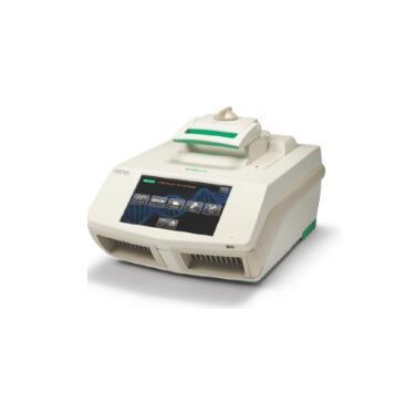 C1000 Touch™ 96孔深孔PCR 仪