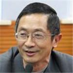 """男,1961出生,重庆云阳人。82年毕业于重庆三峡学院,88年于云南大学获硕士学位,97年于北京理工大学获博士学位,02-04年于日本名古屋大学作博士后研究(JSPS)。92年任云南师范大学化学系副主任、99年任主任、2000年将系建设成化学化工学院后任首任院长。现为云南省二级岗位教授,云南省高等学校""""生化分离分析""""重点实验室主任,云南师范大学化学化工学院党委书记,华东师范大学分析化学专业博士研究生导师。"""