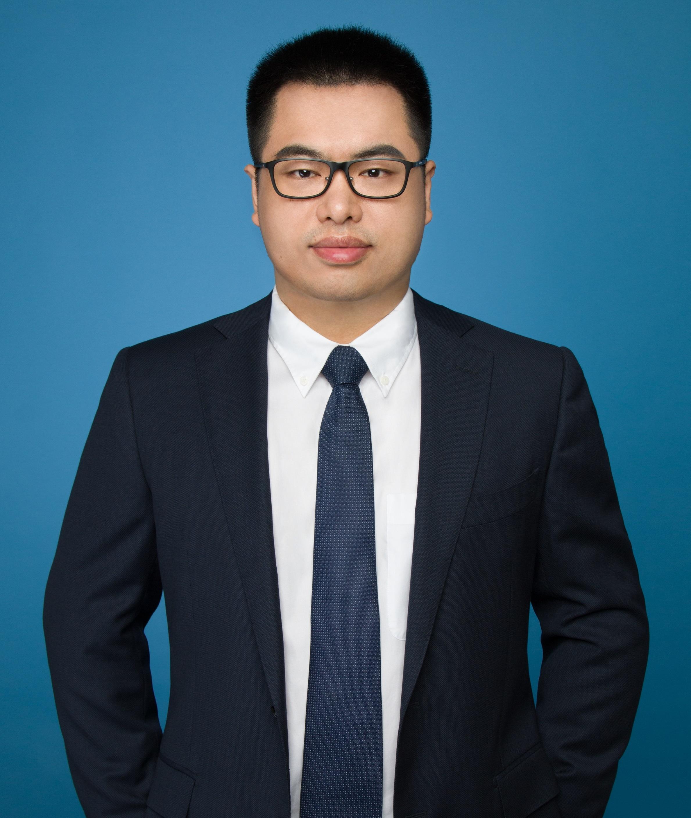 博士,SCIEX生物药市场高级工作流程经理,南京大学分析化学博士,多年来专注生物制药领域分析方法研究和市场推广,熟悉质谱,色谱,电泳等理化分析手段及其应用情况。