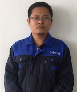 2006年硕士毕业于天津大学,一直从事研磨粉碎设备的研发、售后、生产,至今已有12年的时间。是天津市东方天净科技发展有限公司的创始人之一。目前在公司主要负责技术研发创新、生产管理工作。