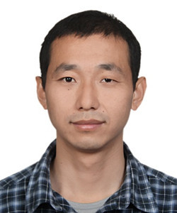 """北京理工大学教授,主要从事微型质谱仪及生物分子三维结构解析质谱仪器的研究。近五年来以通信作者发表SCI论文40余篇,申请国际/国家发明专利13项,其中已授权美国发明专利2项、中国发明专利7项(其中3项已实现产业化转化);部分研究成果实现了产业转化,开始服务于社会。2012年获""""青千""""资助,2015年获北京市青年拔尖人才资助,2017年获得中国分析测试协会科学技术奖一等奖(序1)、国家科技进步二等奖(序6)。"""