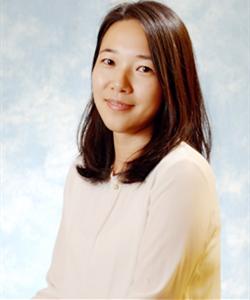 于2012年加入安捷伦科技(中国)有限公司,担任分子光谱产品线应用工程师支持的产品包括红外、拉曼、紫外以及分子荧光等产品,主要负责售前/售后应用支持和应用方案开发。