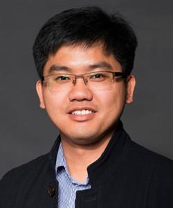 """东南大学青年首席教授,物理学院副院长。2003年本科毕业于上海交通大学物理系,2007年于新加坡国立大学物理系获得博士学位。2007-2010年在新加坡南洋理工大学物理系从事博士后研究工作,并于2009年前往英国曼彻斯特大学做访问学者。2014年获国家自然科学基金""""优秀青年科学基金""""资助。2018年入选教育部""""长江学者奖励计划""""青年学者。主要研究方向为二维层状材料的光学与光电性能,发表SCI论文150余篇,他引10000余次,H-index=46,授权专利10余项,起草国家标准2项。中国物理学会光散射专业委员会委员,全国纳米技术标准化技术委员会低维纳米结构与性能工作组副主任。"""