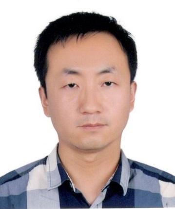 博士,中科院兰州化学物理研究所研究员,中国科学院青年创新促进会会员。主要从事研究领域:1)逆流色谱技术分离富集天然产物中活性物质的分离机理和分离规律的应用基础研究;2)应用HPLC、HPLC-DAD、HPLC-MS-MS、GC-MS等现代分离分析仪器,研究天然产物中多组分复杂体系分离、分析新方法和新技术。先后主持国家科技重大专项子课题、国家自然科学青年基金、中科院重点部署项目课题、中科院院地合作项目。甘肃省自然科学基金等各类项目十余项,先后在国内外学术期刊发表论文40余篇。获得省部级奖励4项,授权专利7件。