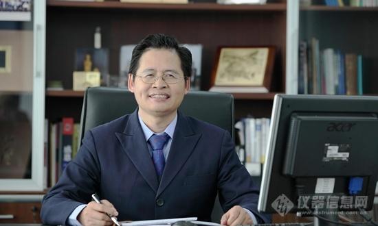 天瑞�x器董事�L�⒄儋F_副本.png