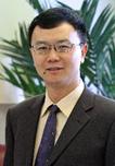 杨志柏博士1997和2000年在中国科学技术大学获得本科和硕士学位,2005年在美国韦恩州立大学获得博士学位,之后在西北太平洋国家实验室(2005-2008年)以及科罗拉多大学博尔德分校(2008-2012年)从事博士后研究。从2012年开始,杨博士在俄克拉荷马大学任职,现为副教授。目前研究领域集中在现代质谱技术的发展和应用,包括单细胞检测,组织成像,人工肿瘤模型的培养和检测,以及利用新兴的数据分析方法(包括多变量分析和机器学习)对质谱数据进行挖掘和研究。除此之外,研究范围还包括气相离子化学,反应动力与学热力学,和计算化学。