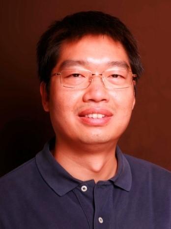 2002年与2005年于重庆大学获得学士与硕士学位,2008年于中国科学院生态环境研究中心获博士学位。同年进入中国科学院生态环境研究中心环境化学与生态毒理学国家重点实验室工作至今。 现任中国科学院生态环境研究中心研究员。研究方向主要为有毒金属的形态分析与环境转化。相关论文发表于Nature Communications、ACS Nano、Chemical Reviews、Environmental Science & Technology、 Environmental Science & Technology Letters、Water Research等杂志,获基金委优秀青年基金、万人计划青年拔尖人才等项目资助,获2018中国分析测试协会科学与技术奖(CAIA奖)一等奖、2019青年环境化学奖等奖项。