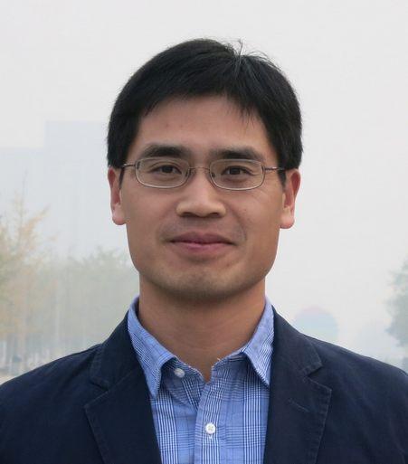 卢建杭,美国PM2.5和VOCs监测专家。 主要从事环境质量监测、仪器开发、以及数据处理软件编写。在美国和中国的监测岗位上工作了近20年。发表论文50余篇,国内外专利20多项。
