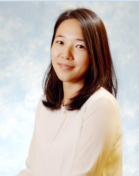 2012年加入安捷伦科技(中国)有限公司,担任分子光谱产品线应用工程师支持的产品包括红外、拉曼、紫外以及分子荧光等产品,主要负责售前/售后应用支持和应用方案开发