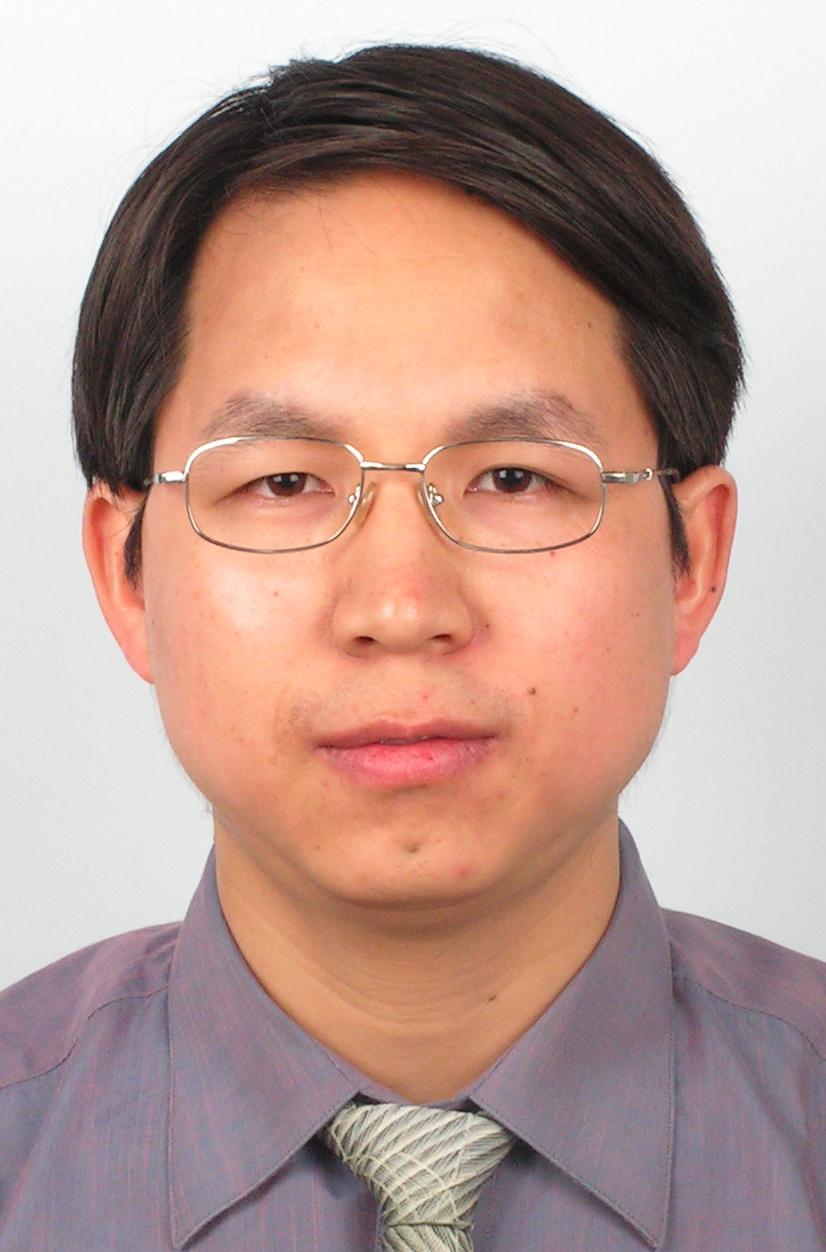 博士,中国科学院半导体研究所研究员,中国科学院大学岗位教授,博士生导师,1996年毕业于北京大学物理系,2001年在半导体研究所获得博士学位。一直从事低维量子结构的光学性质研究,至今已在国内外物理期刊发表论文200余篇,在国内外学术会议上做大会报告和邀请邀请报告100余次,2018年和2019年入选科睿唯安全球高被引科学家。曾获国家杰出青年科学基金资助和黄昆物理奖,并入选国家万人计划科技创新领军人才。现为中国物理学会理事、中国物理学会光散射专业委员会主任委员、中国物理学会秋季会议组委会委员、中科院半导体所学位委员会主席以及多个国内外期刊编委。目前研究方向为:1)二维材料及其异质结的光学性质研究;2)拉曼光谱技术及相关设备研制。