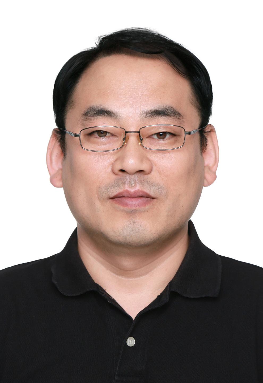 2005年~2010年于北京市药品检验所工作;2010年转入中国医学科学院医药生物技术研究所工作至今。主要从事药物开发、药物分析、药品质量以及检测技术研究工作。研究领域涉及新药筛选、结构确证、杂质谱研究、蛋白相互作用研究。现任中国民族医药协会医药现代化与临床专业委员会理事;中国生化制药工业协会专家委员会委员;北京市药学会药物化学专业委员会委员