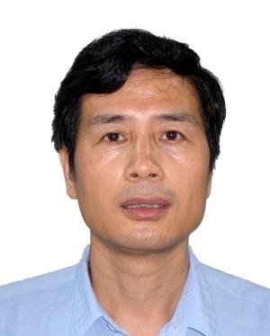 """武汉大学教授,博士生导师,武汉大学化学与分子科学学院副院长。主要从事原子光谱/质谱分析及联用技术、元素形态分析、基于ICP-MS的生物医学分析、样品前处理技术、纳米材料分离分析等领域的基础及应用研究。在国外SCI学术刊物(包括ACS Nano, Angew. Chem. Intern. Ed., Anal. Chem., Environ. Sci. Technol., Biomaterials等)发表论文350多篇,H index 60,合作出版专著2部,撰写英文专著7章(五部)。获教育部自然科学奖、湖北省自然科学奖等多项奖励,2014-2019年连续六年入围Elsevier中国高被引学者榜单,2004年入选教育部""""新世纪优秀人才培养计划""""。目前担任中国仪器仪表学会原子光谱分析专业委员会副主任委员;中国稀土学会理化检验专业委员会副主任委员;《分析科学学报》副主编;《中国测试》、《分析试验室》和《中国无机分析化学》编委;《Analytical Chemistry》Features Panel、《Journal of Analytical Atomic Spectrometry》和《Spectrochimica Acta Part B》顾问编委;《Journal of Chromatography A》、《Applied Spectroscopy Review》、《International Journal of Environmental Analytical Chemistry》和《Speciation and Bioavailability》编委等职。"""