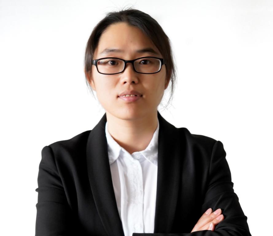 中科院化学所硕士, 拥有丰富的材料表征技术应用经验。赛默飞拉曼产品线应用专家, 目前负责拉曼产品线在中国的市场推广和应用开发, 并参与拉曼产品线的产品研发。