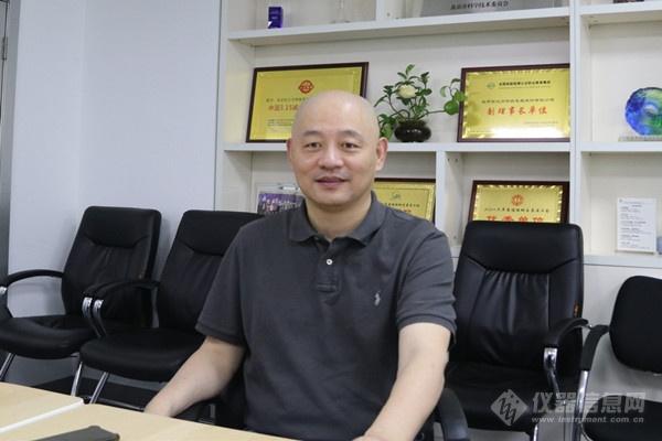刘晓东(1).jpg